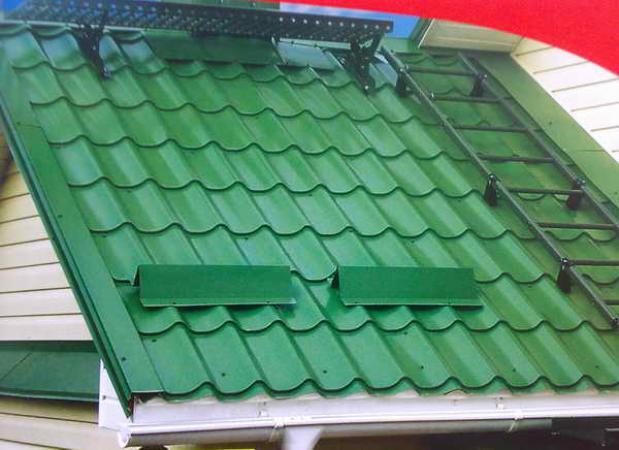 монтаж снегозадержателей на крыше