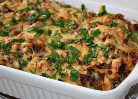 Запеканка из картофеля с фаршем и грибами