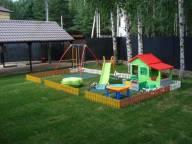 Детская площадка и благоустройство территории около дачи