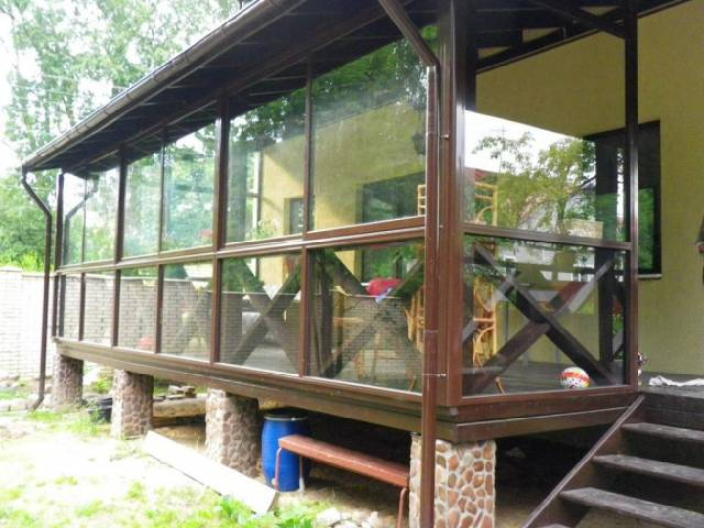 Терраса, пристроенная к дому: как осуществить мечту