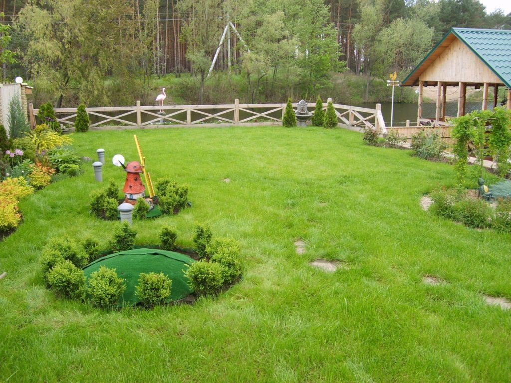 Декор септика для загородного дома