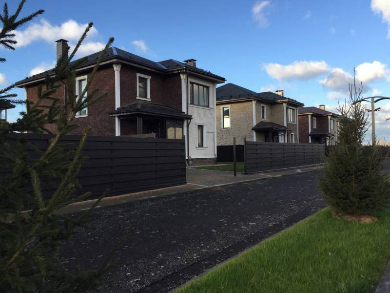 Покупка дома в коттеджном поселке в Истринском районе: чистый воздух и комфорт