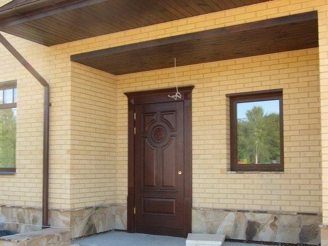 Двери для дачного дома