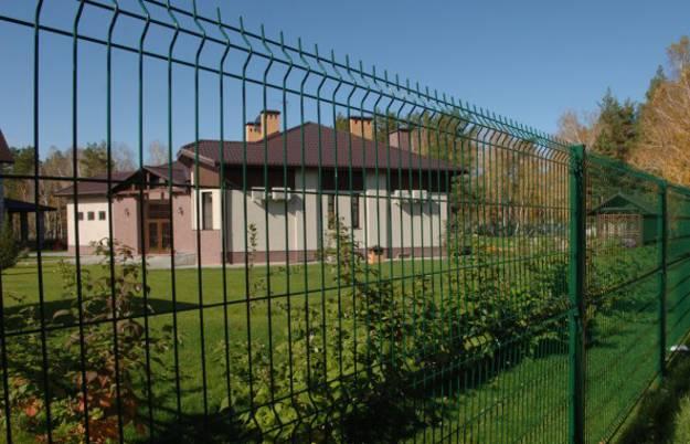 Забор для дачи без коррозии