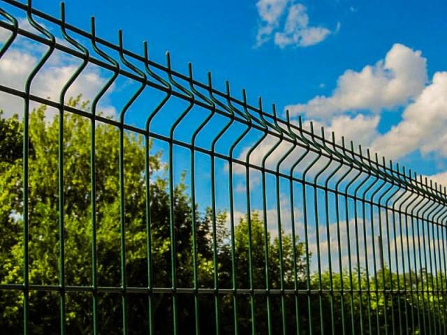 Секционный металлический забор: лучшее решение для дачного участка