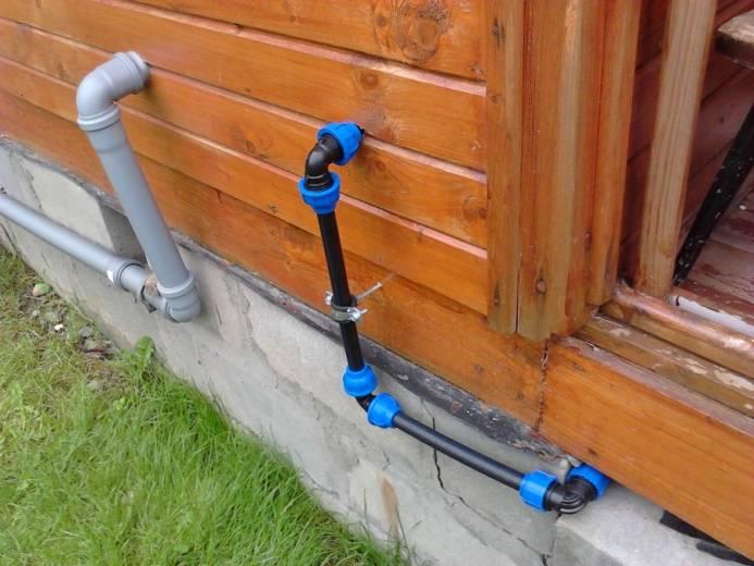 Как проложить трубопровод на даче