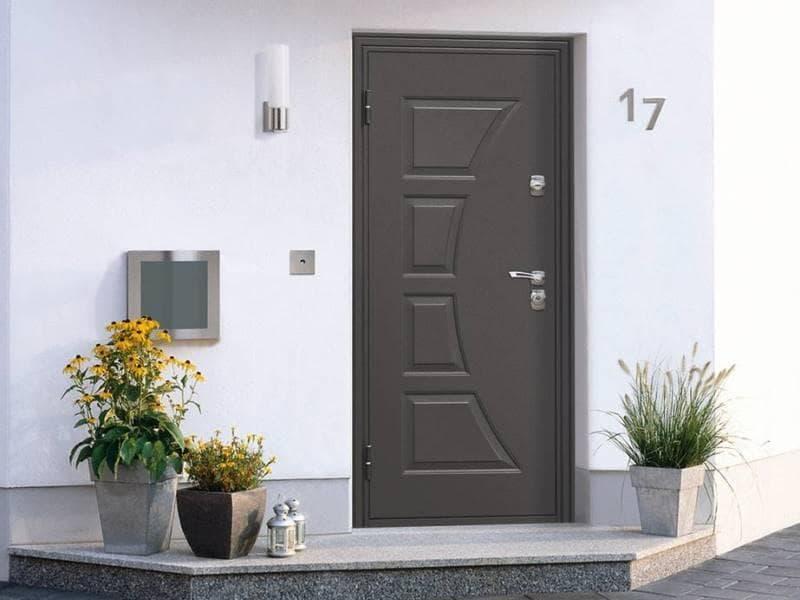 Металлические двери на заказ: достоинства